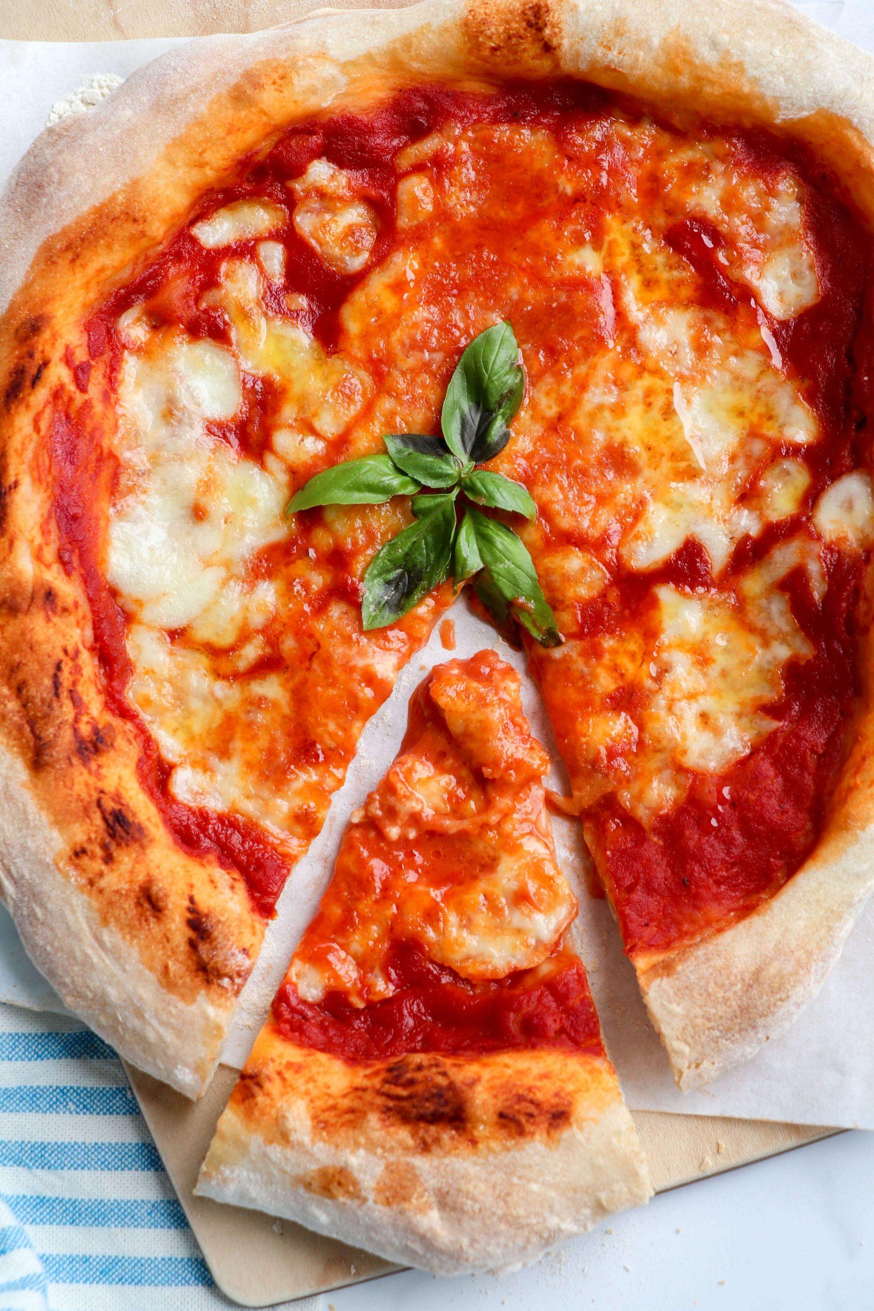 ricetta-Pizza-con-cornicione-come-in-pizzeria